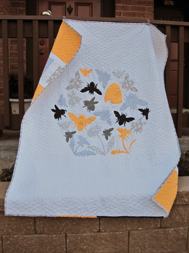 Apiary quilt, by Casey York. Photo courtesy  Casey York.